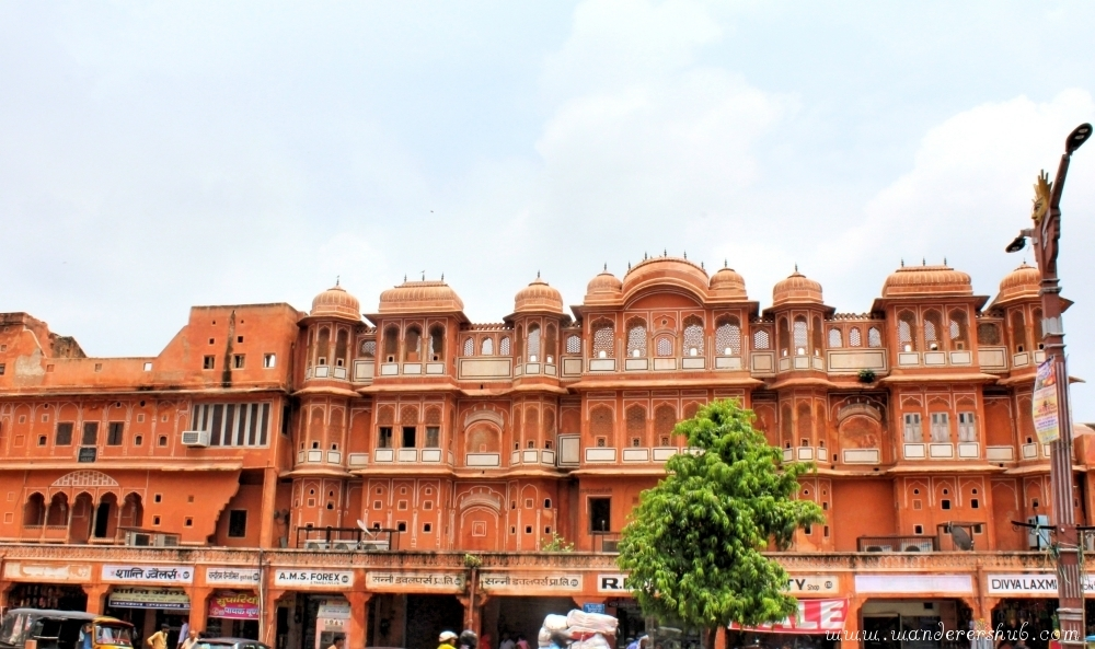 Visit Johri Bazaar - Things to do in Jaipur