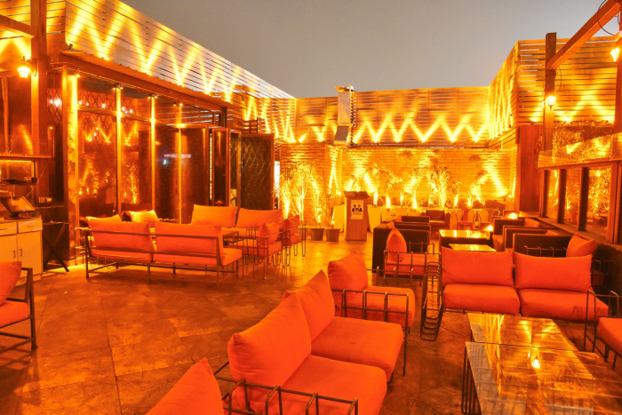 Bars and Lounges in Delhi