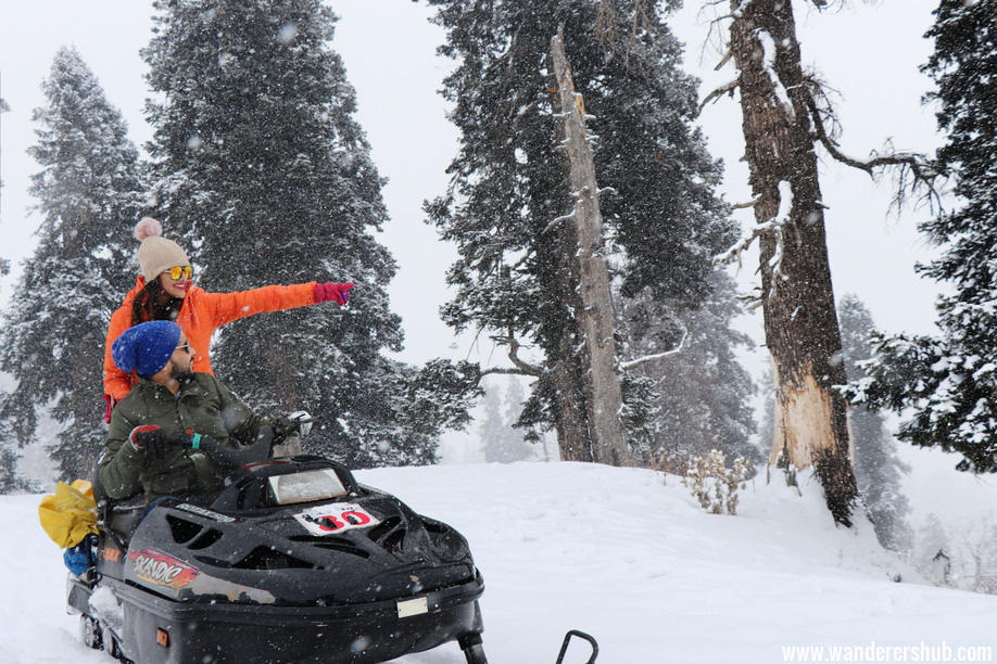 Kashmir tourist places - Gulmarg Phase 1